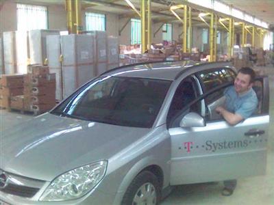 Opel Vectra Caravan, EZ 12/2005, Branding von T-Systems, Autofahrer: Blogbesitzer